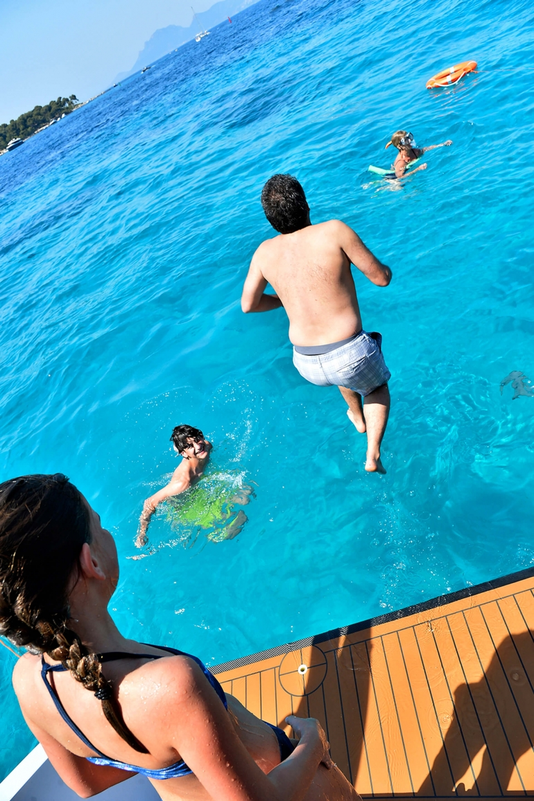 https://www.rivage-croisiere.co.uk/wp-content/uploads/2016/07/rivage-croisiere-photo-9-1.jpg